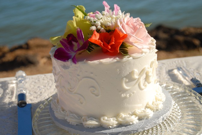 hawaii wedding vendors wedding cakes. Black Bedroom Furniture Sets. Home Design Ideas